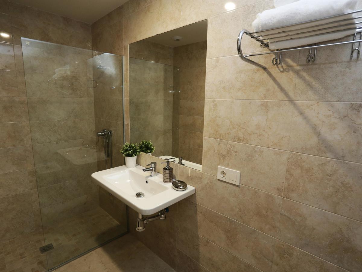 Baño completo del apartamento Río Tormes en Salamanca