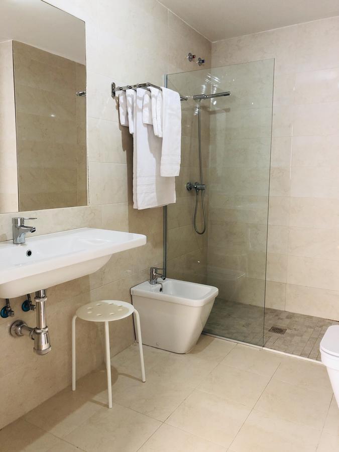 Baño completo del apartamento Lazarillo de Tormes en Salamanca