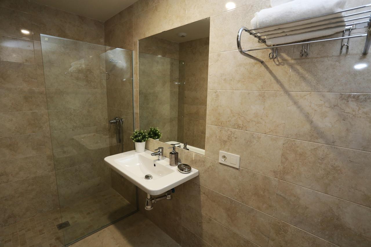Baño completo del apartamento La Latina en Salamanca